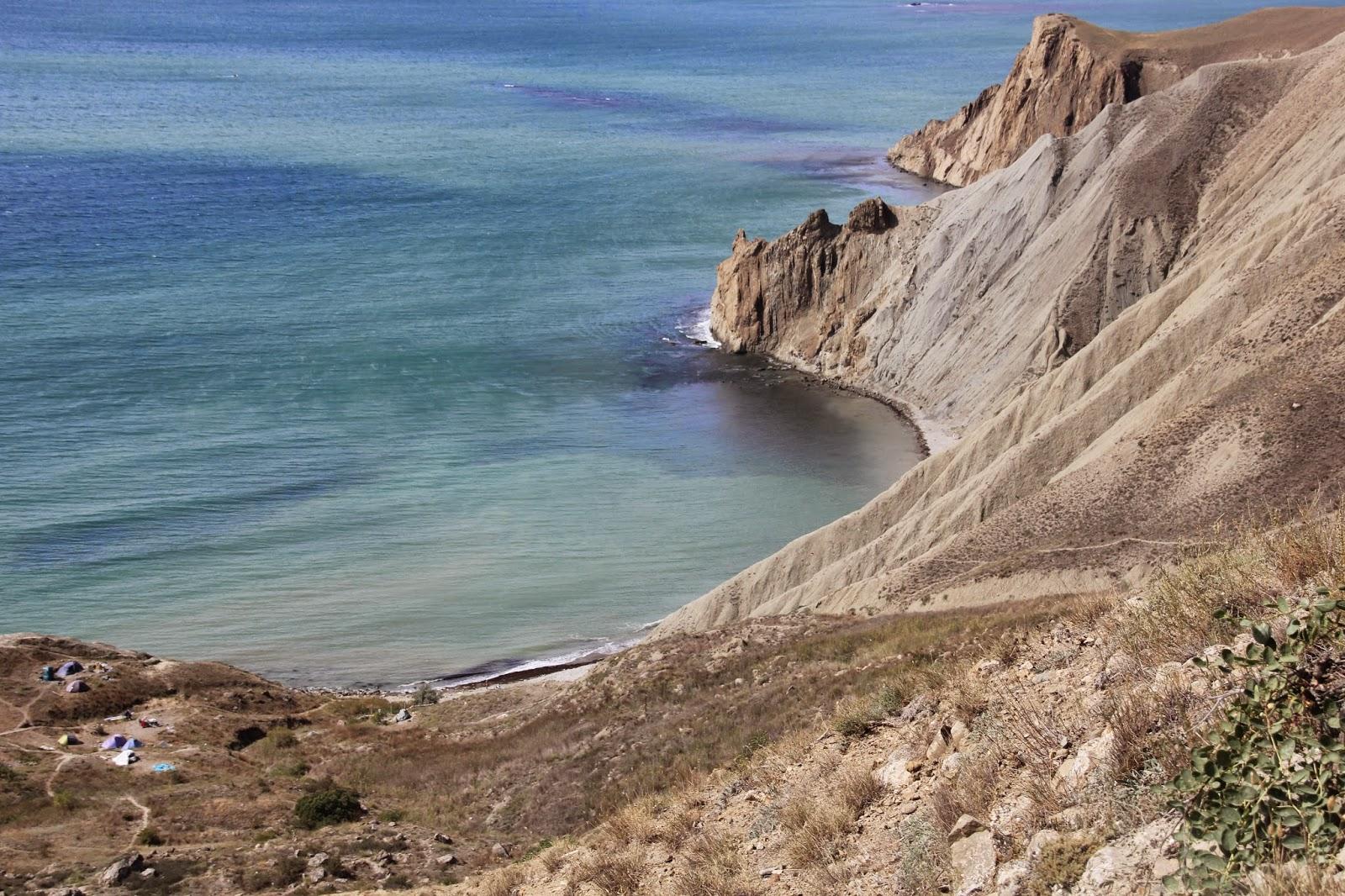 Дикий пляж орджоникидзе фото