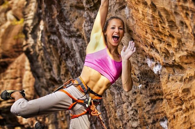 Tips cantik saat mendaki gunung