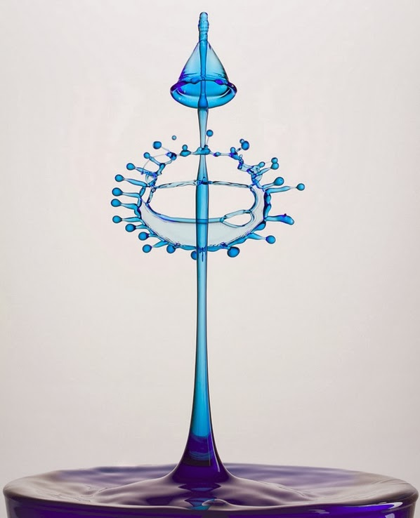 21-German-Photographer-Heinz-Maier-High-Speed-Water-Sculptures-www-designstack-co