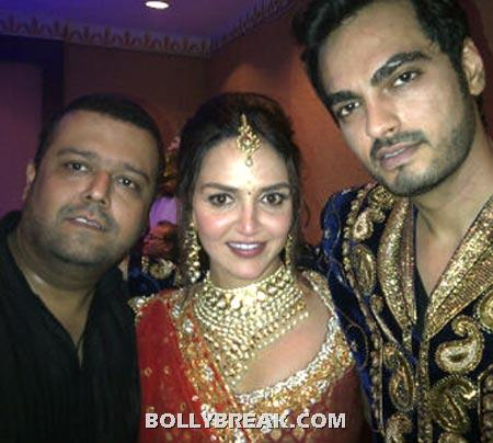 Sangeet Ceremony Pic Esha Deol and Bharat Takhtani (right) with a friend - Esha Deol Sangeet Ceremony Exclusive Pic