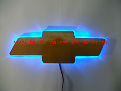 Front Logo + Lampu Chevrolet