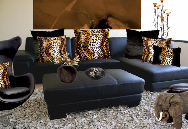 Gafunkyfarmhouse this 39 n that thursdays animal themed for Animal print living room decorating ideas