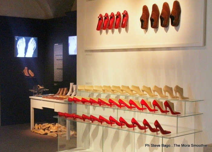 themorasmoothie, museo ferragamo, museum ferragamo, ferragamo, salvatore ferragamo, equilibrium, outfit, maliparmi coat, bag veneziani, veneziani bag, look, fashionblog, fashionblogger, shoes, shoes ferragamo,