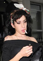 http://www.women-health-info.com/652-Smoking-celebrities.html