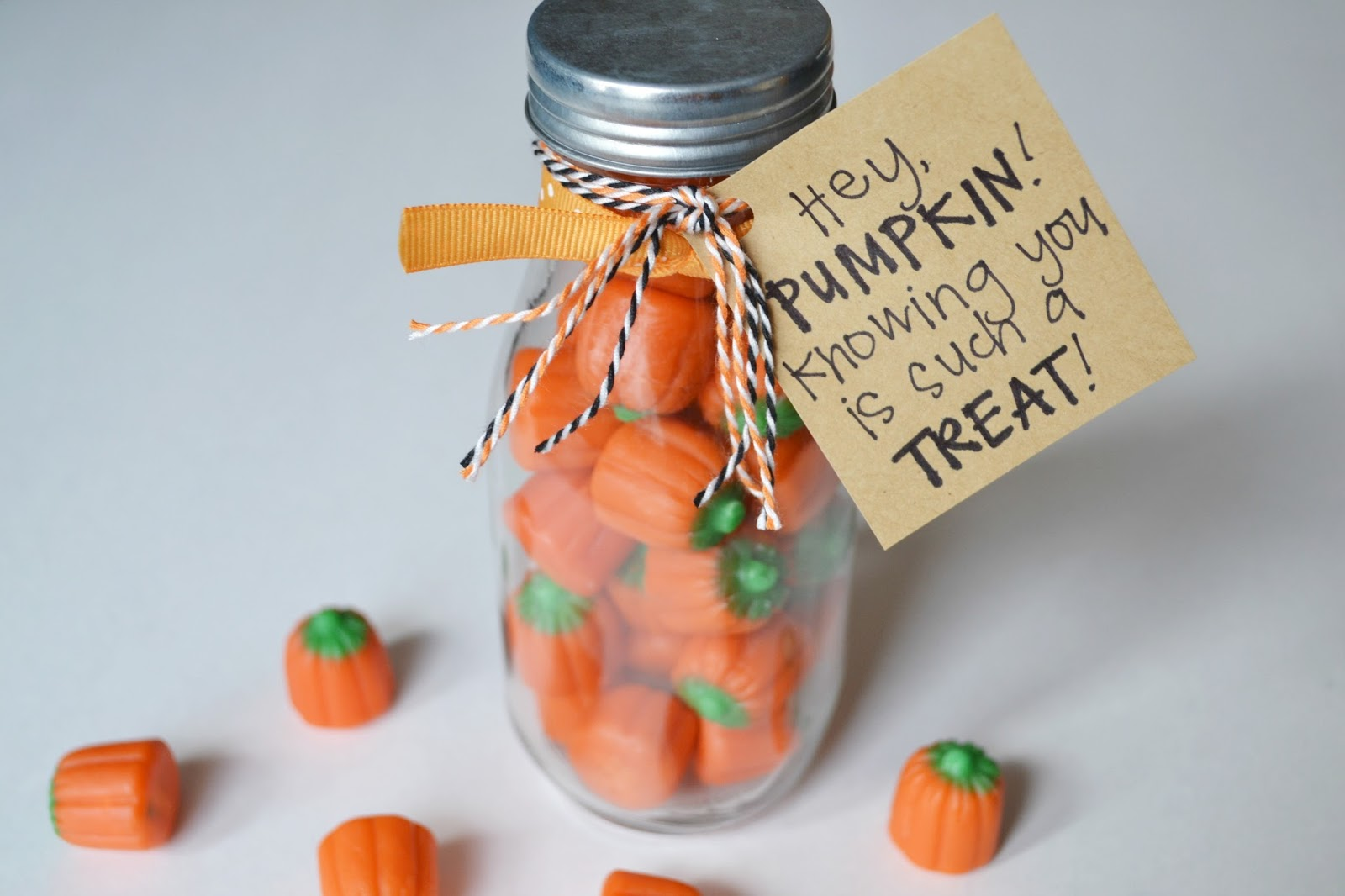 halloween gift, halloween candy, candy, black and orange, treat, pumpkins, pumpkin, thank you gift, gift, note, friends