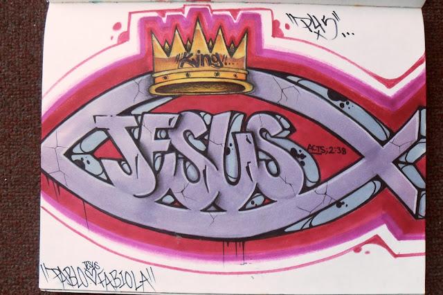 Reli en Grande Fe cristiana expresada en graffitis