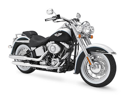 HARLEY DAVIDSON SOFTAIL DELUXE