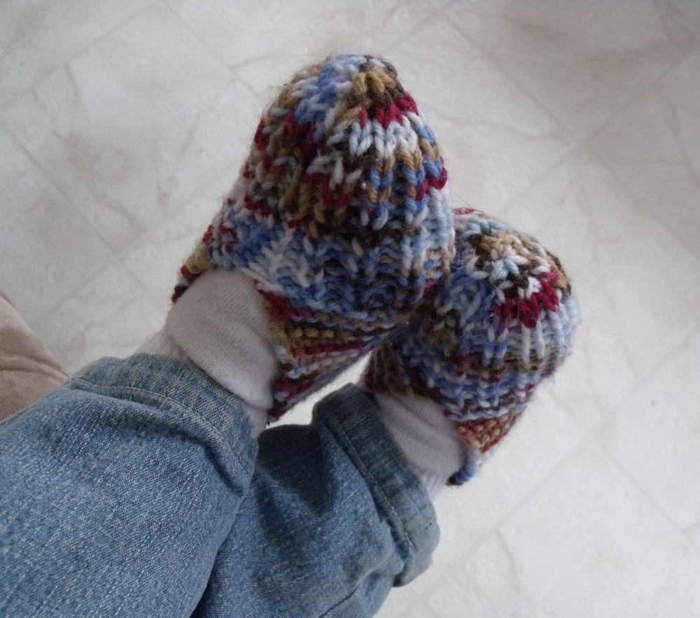 KweenBee and Me: How to Knit Children\'s Slippers