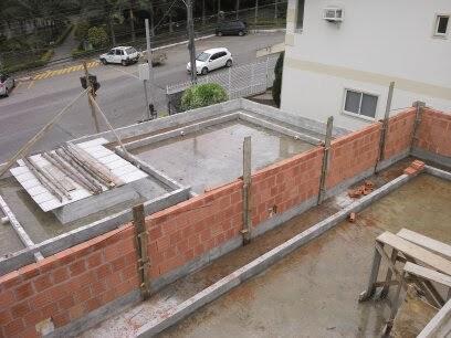 Calha de concreto armado