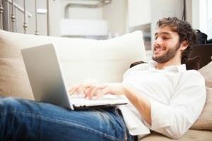 Mąż flirtuje przez internet