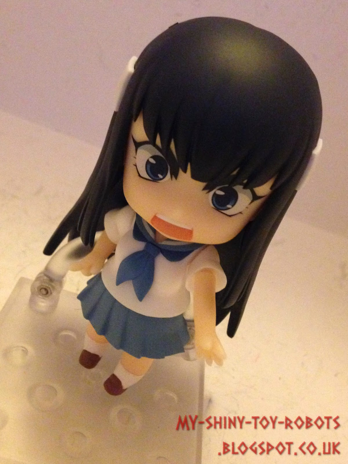 Satsuki with Mako's body