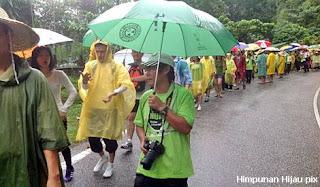 perarakan Himpunan Hijau dijadualkan akan menamatkan perarakan jalan kaki 300km mereka di Dataran Merdeka hari ini.