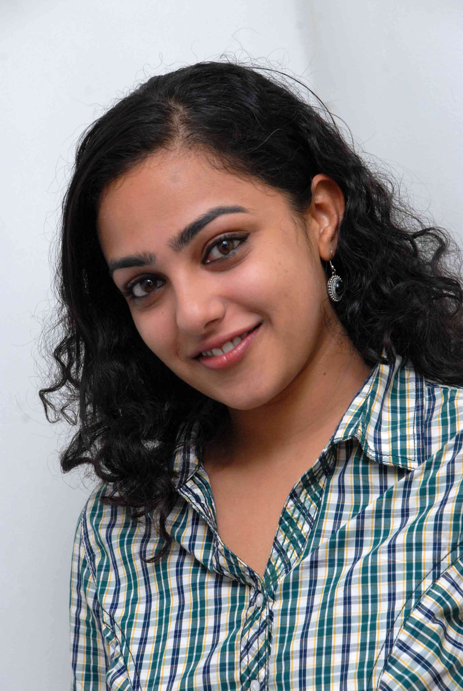 Nithya Menon Stills @ 180 Movie Promotion | Tollywood Stars Profile