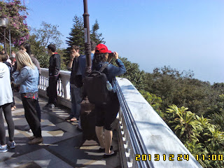 ChiangMai Tour with Local Tour guide service to Joan 24DEC2013
