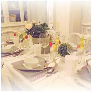 La tavola Gustavian Chic