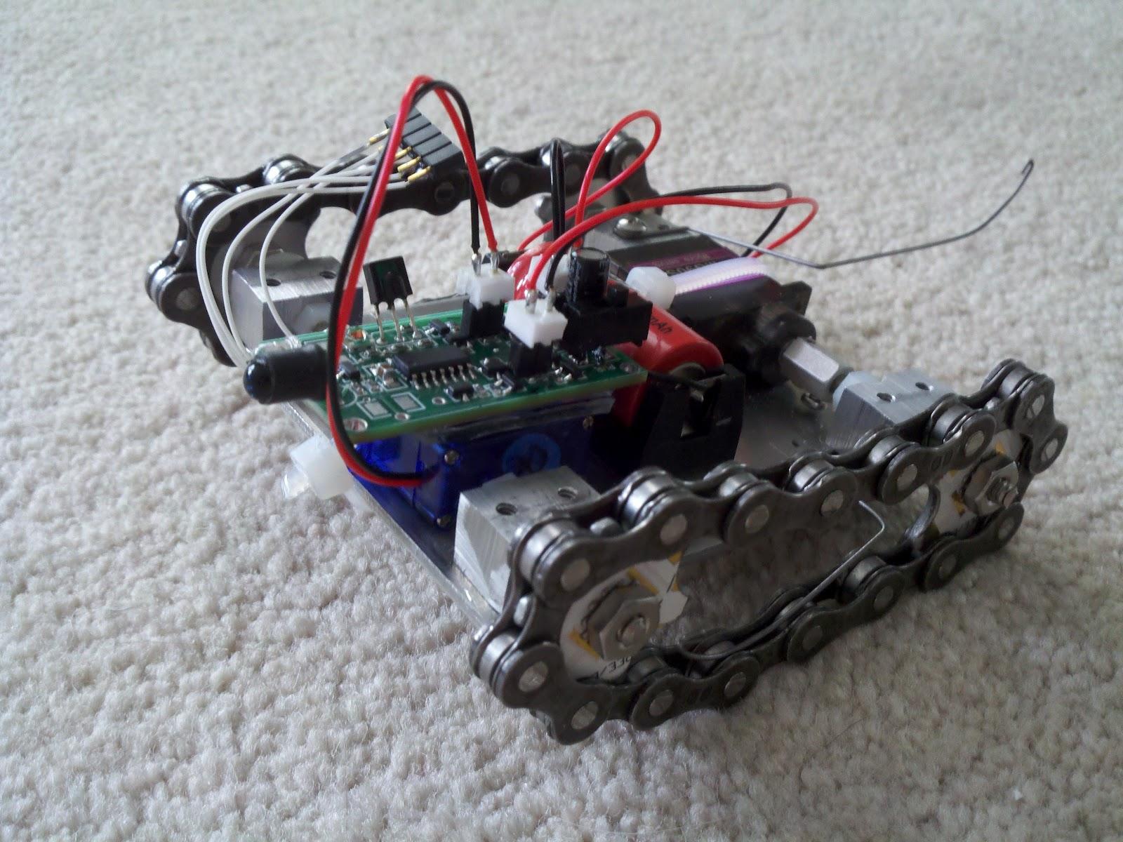 Everett\'s projects: Tiny Tank Bot