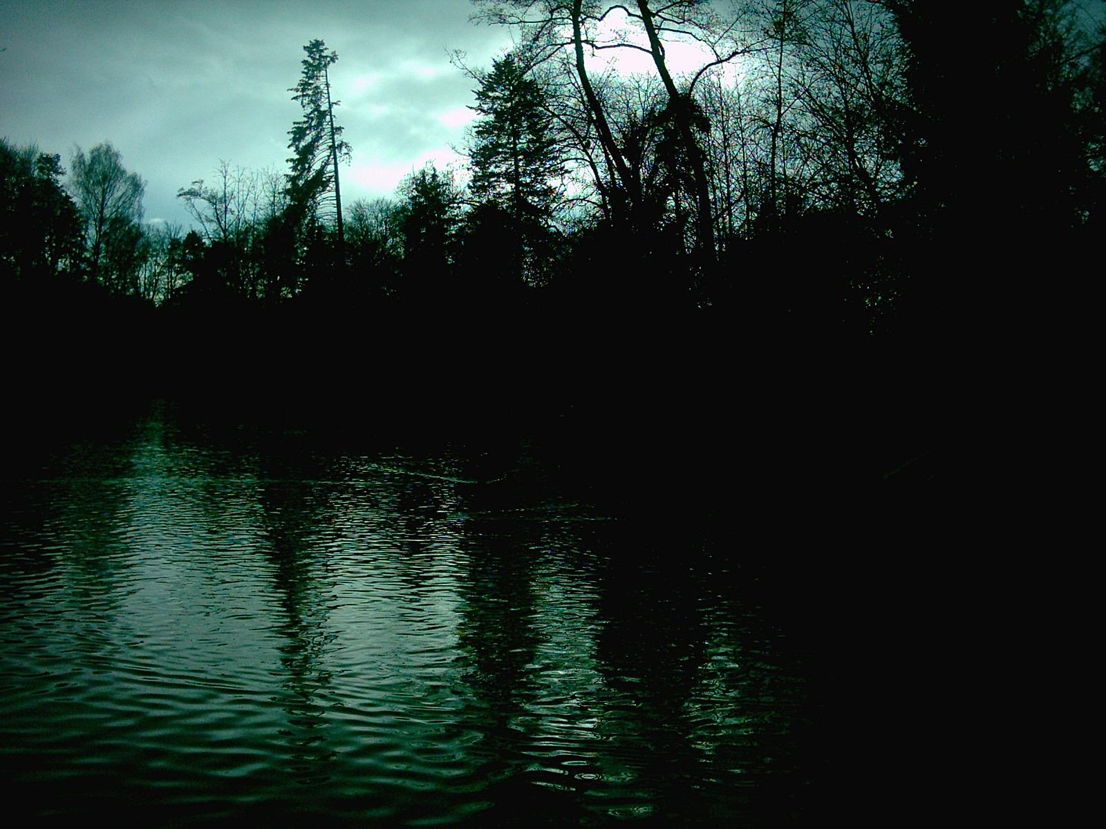 http://3.bp.blogspot.com/-M0deqqv0IMQ/TzJRu8Q_crI/AAAAAAAACB0/4VuG5x7xUSI/s1600/dark--wallpapers--9.jpg