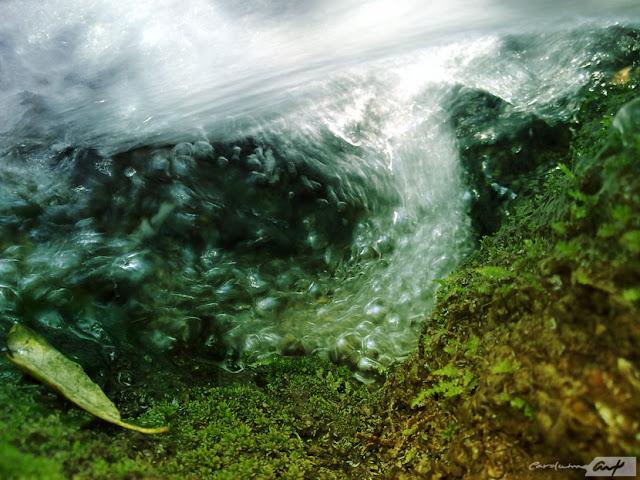 corriente-agua-burbujas
