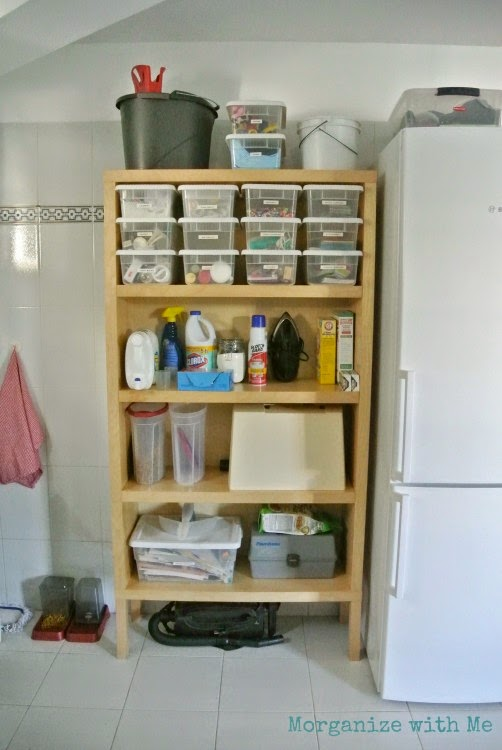 Keeping an organized laundry room with utility area :: OrganizingMadeFun.com