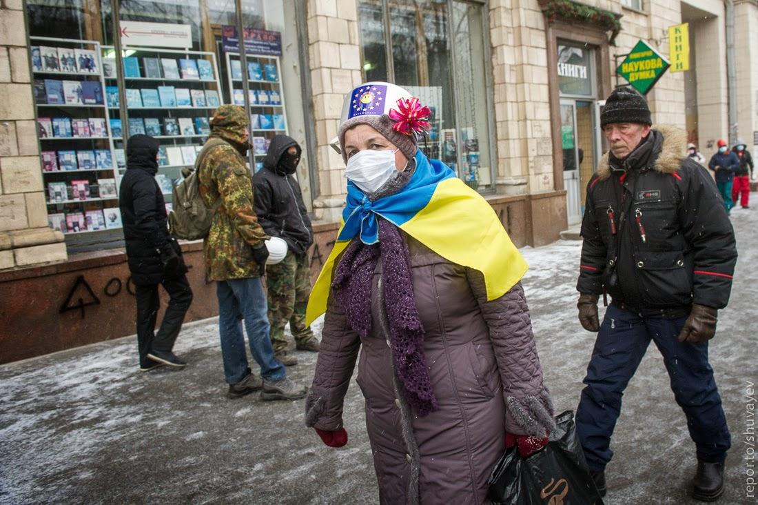 реакция народа на запрет ношения касок