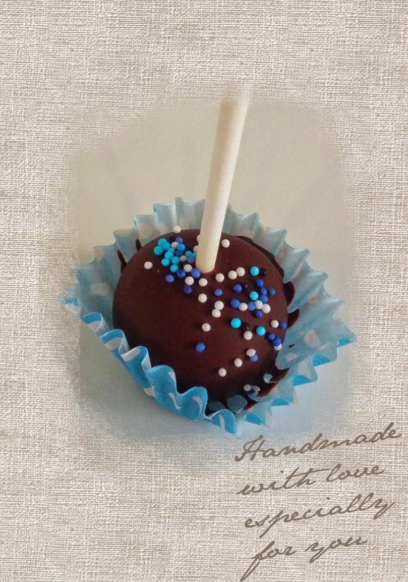 http://de.dawanda.com/shop/helden/2095166-cake-pops