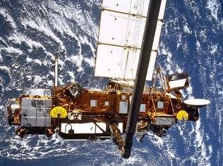 Nasa monitora satélite que vai cair na Terra em 23 de setembro