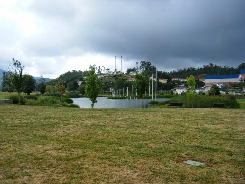 Lago no Parque de Vale de Cambra