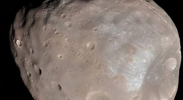 Mars Express Mengungkap Observasi Bulan Mars