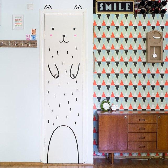 DIY: papel adhesivo para las puertas