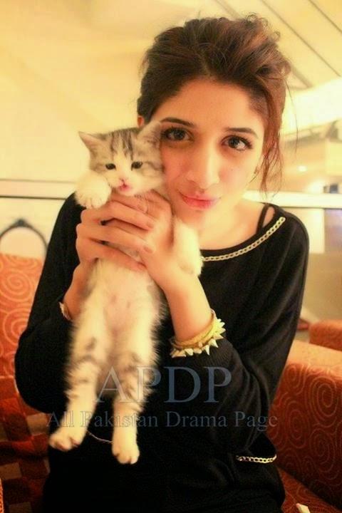 Mawra Hocane Cute