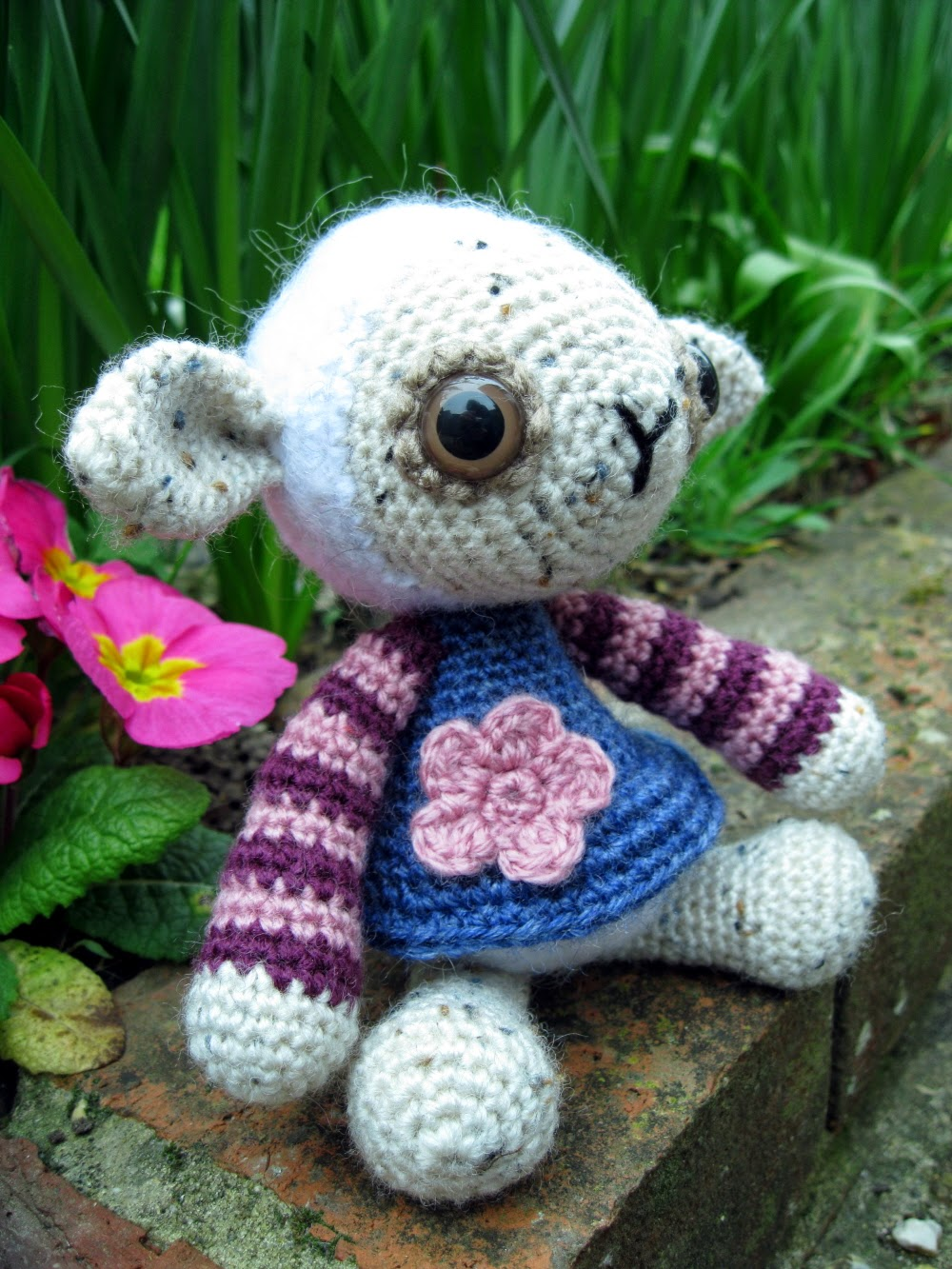 Free Crochet Pattern Baby Lamb : Little Lamb Sweater Pattern - Long Sweater Jacket