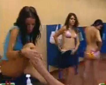Download C Mara Oculta Ba O Chicas El Pr Imo Tonto