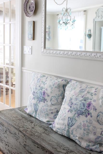 Maison decor vintage blue chandy for the dining room - Decoration vintage maison ...