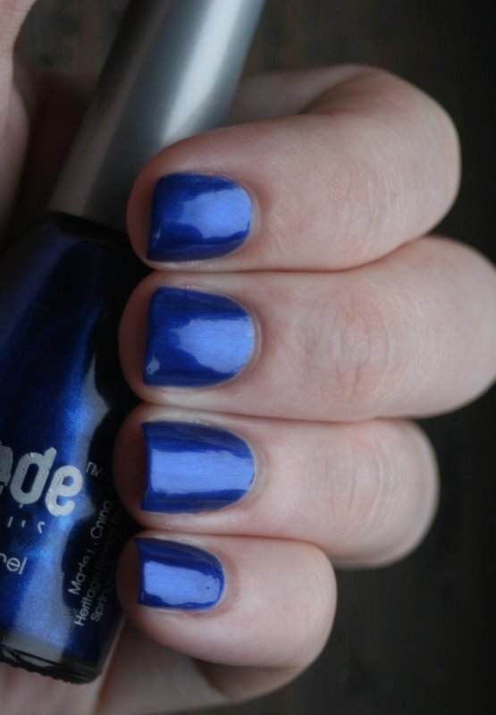 Mode Blueberry swatch