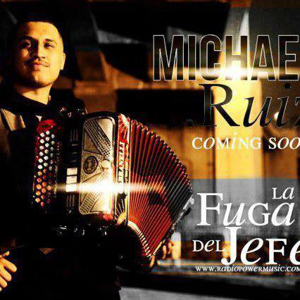 Michael Ruiz Y Su Nueva Evolucion - En Vivo Con Tololoche (Disco 2013)