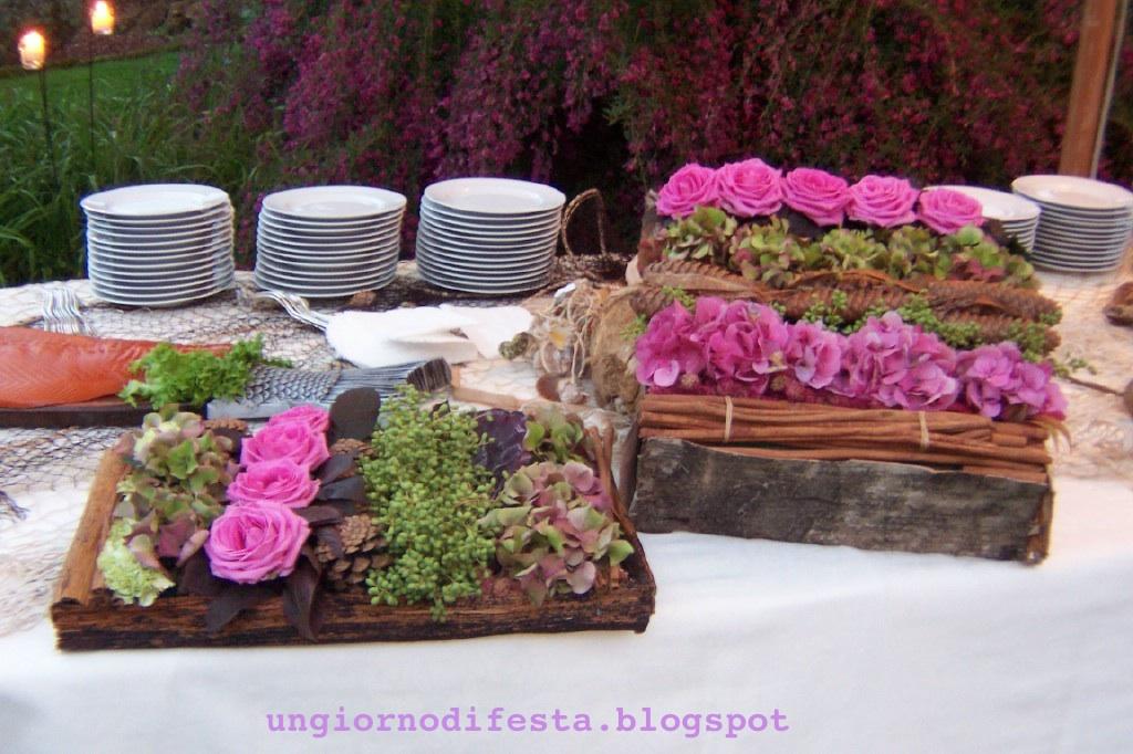 Anche la disposizione e i colori dei fiori contribuiscono a esaltare ...
