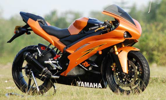 Modifikasi Yamaha Vixion Fairing MotoGP