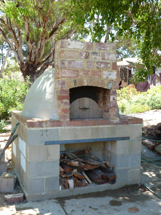 Diy brick oven introduction for Outdoor oven diy