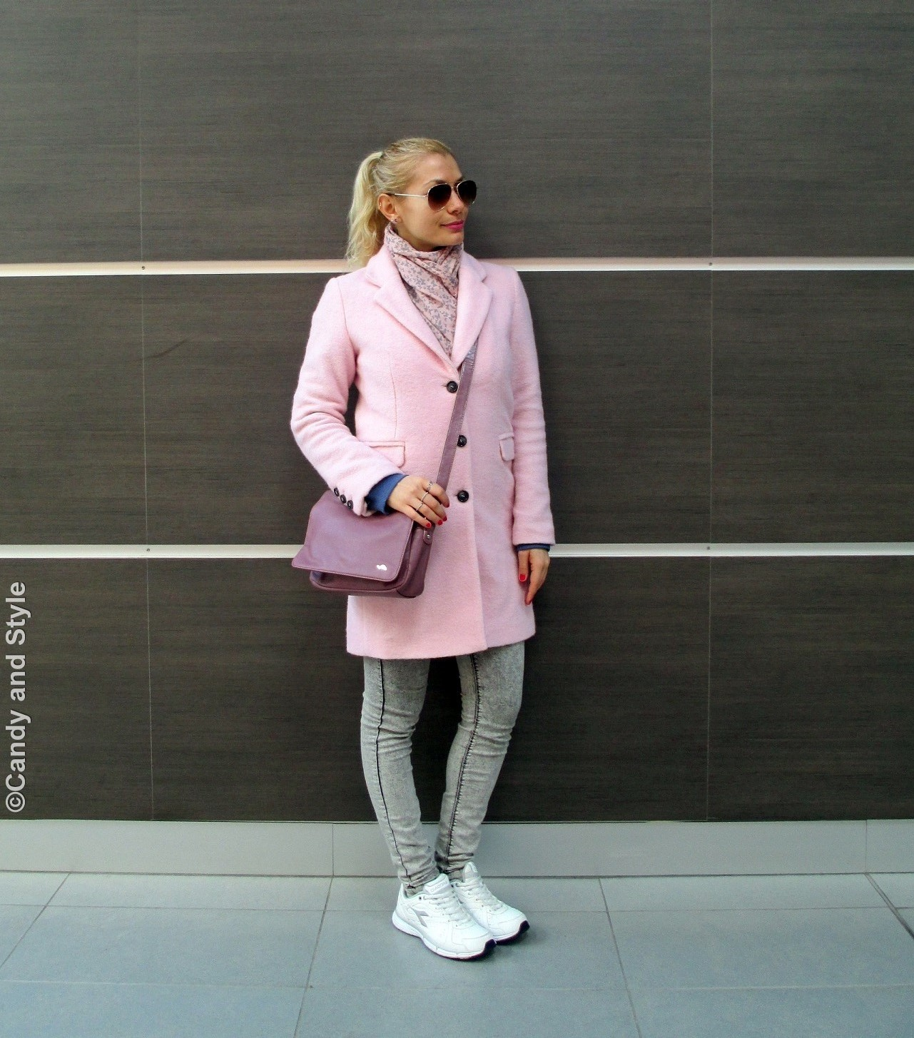 PinkCoat+BlueSweatshirt+Jeggings+WhiteTrainers+PinkBag+HighPonytail+RedNails+PinkLips - Lilli Candy and Style Fashion Blog