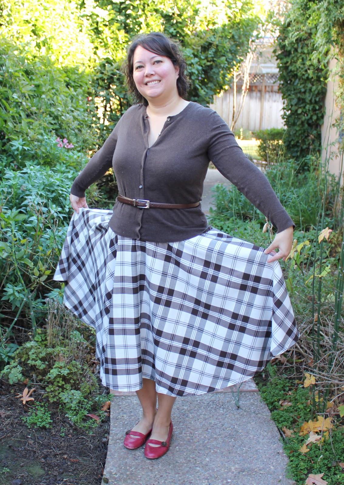 What's Up Cupcake?: No pattern sewing: Plaid Circle Skirt