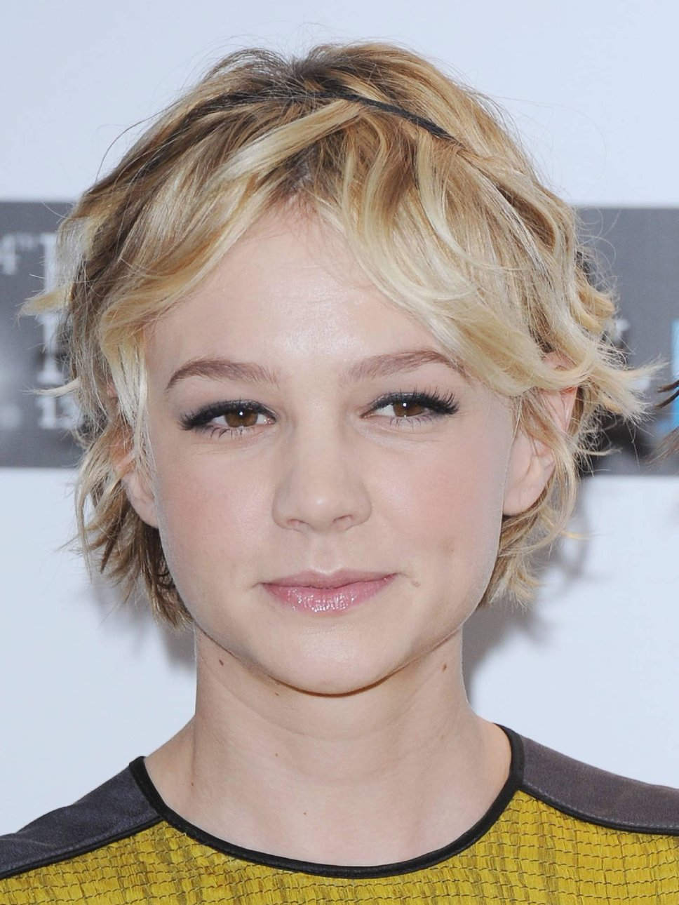 A New Life Hartz Carey Mulligan New Pixie Hairstyles