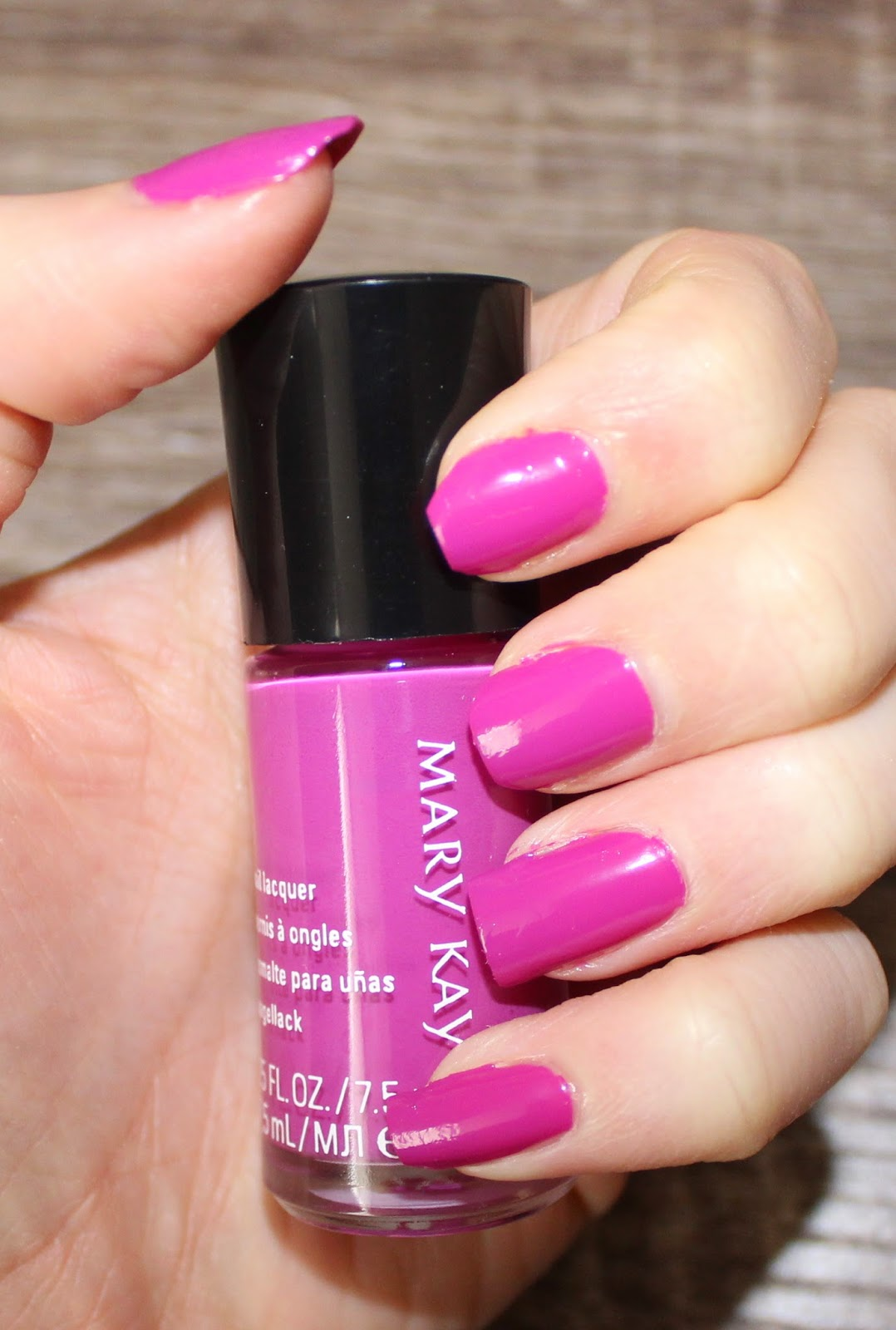 Mary Kay Paradise Calling Nail Lacquer in Exotic Orchid