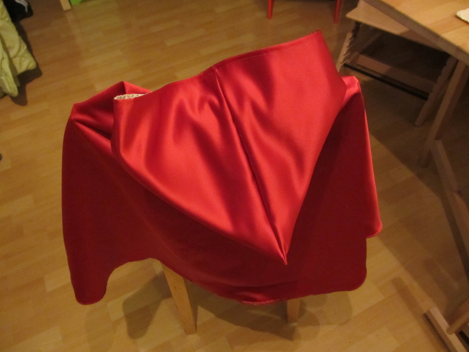 Catlog: Rotkäppchenumhang
