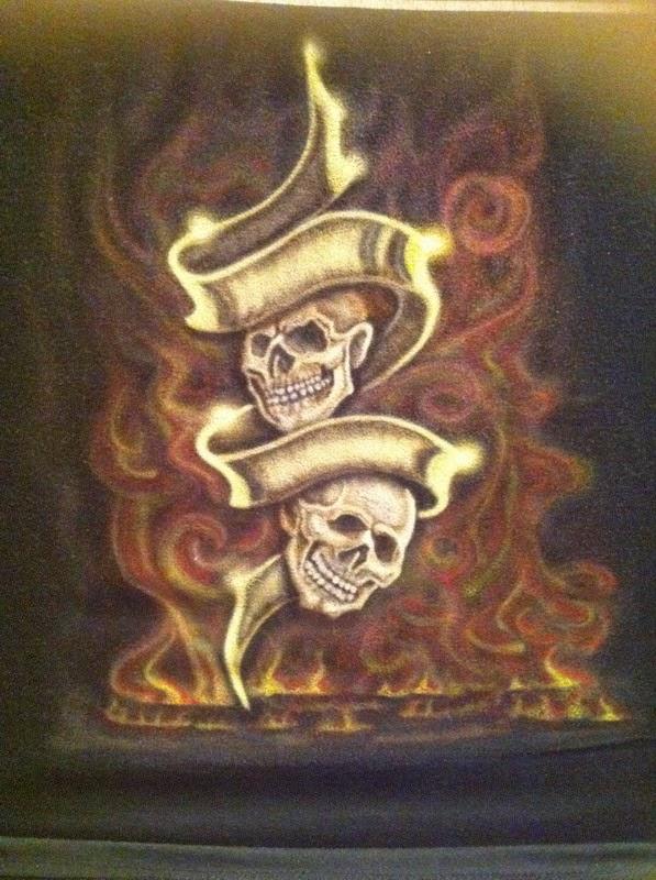 Peinture sur teeshirt skull And fire par bysoairdisign
