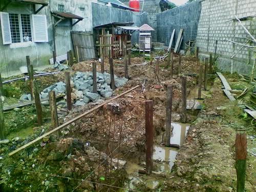 Struktur pondasi rumah dua lantai
