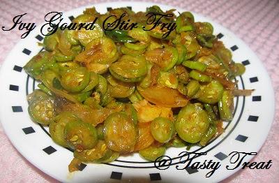 Stir Fried Ivy Gourd With Onion Recipes — Dishmaps