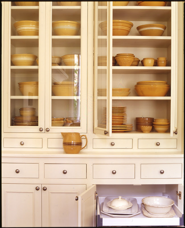 new classic showcase tulip cabinets handpainted kitchen moore pin martin s with in hardwood