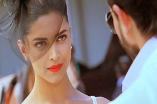 deepika padukone beautiful in race 2