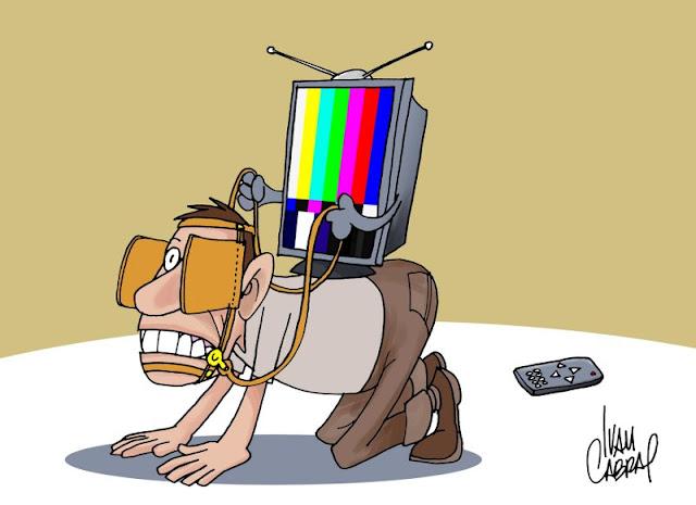 Meios midiáticos: entre alienação e a informação