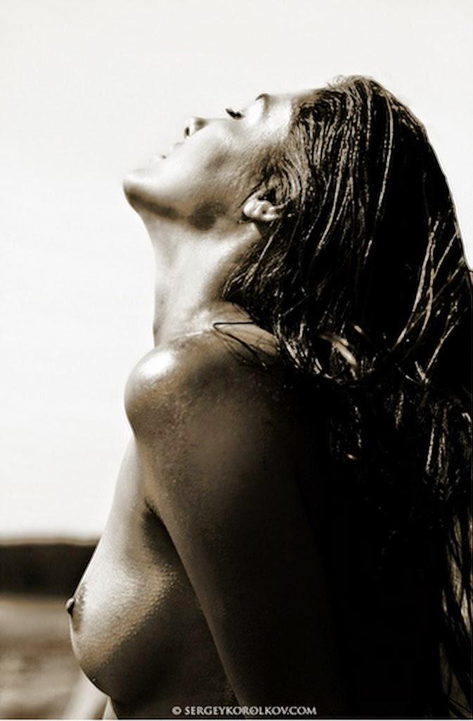 fotos-artisticas-de-mujeres-negro-y-blanco